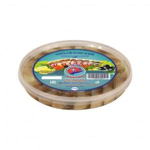 Пресервы Сельдь филе кусочки в масле с красным перцем