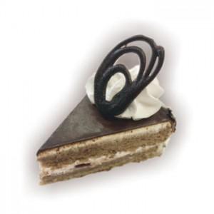 Пирожное Бисквитное «Вишенка»